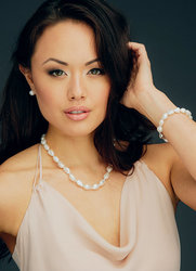 """White Baroque Freshwater Cultured Pearl Necklace  18"""" (10-11mm)"""